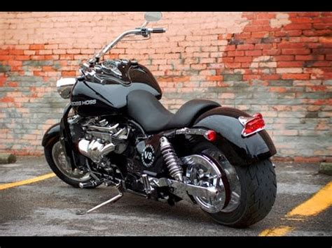 Boss Hoss ZZ4 350 exhaust sound, acceleration and fly by