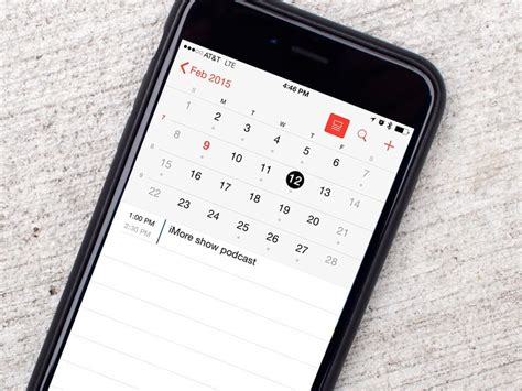 How to enable week numbers in Calendar for iPhone and iPad