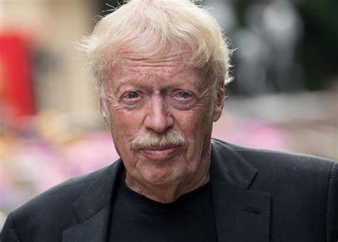 Phil Knight Net Worth 2020: Age, Height, Weight, Wife