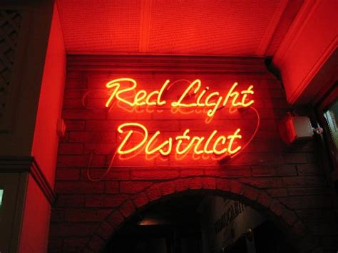 Red light district, Amsterdam – Netherlands – Tips-and-Travel