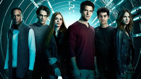EXCLUSIVE: Get Your First Look at 'Teen Wolf's' Final