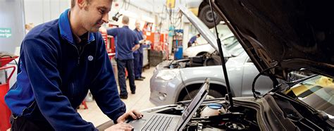 When does my car need servicing and why?   Volkswagen UK