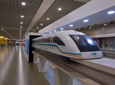 Shanghai Pudong Airport's passenger traffic poised to