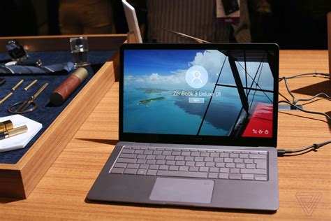 Asus' ZenBook 3 Deluxe takes on the MacBook Pro with a