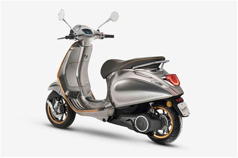 vespa's elettrica electric scooter to arrive in 2018