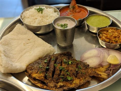 5 Maharashtrian Meals In Mumbai That Are A Must Try